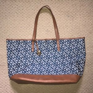 Tommy Hilfiger Tote Bag Handbag